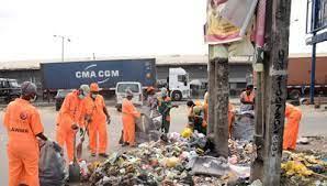 Clean up Apapa